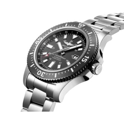 Часы Breitling Модель Y17393101B1A1