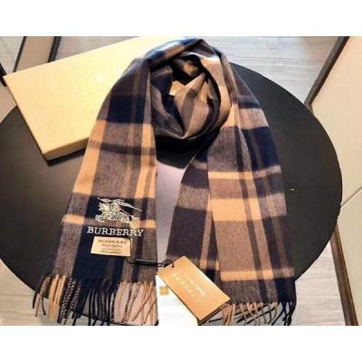 Платки и шарфы Burberry Модель K025