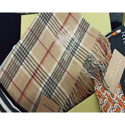 Платки и шарфы Burberry Модель K034