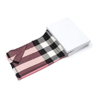 Платки и шарфы Burberry Модель K093