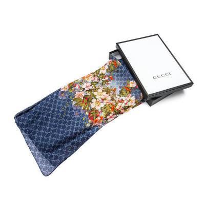 Платки и шарфы Gucci Модель K054