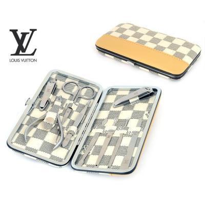 Маникюрный набор Louis Vuitton модель №M004