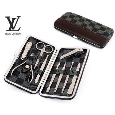 Маникюрный набор Louis Vuitton модель №M003