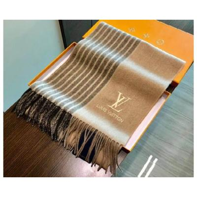 Платки и шарфы Louis Vuitton Модель K046