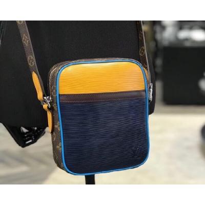 Сумки Louis Vuitton Модель S795