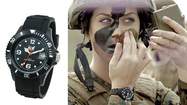 Годинник Кеті Перрі ICE Watch black в її музичному кліпі Part Of Me