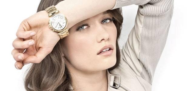 Какие часы носят женщины-знаменитости: фото часов на