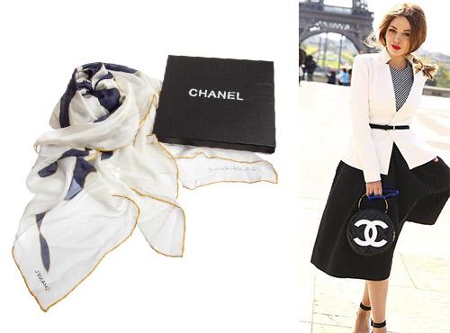 Платок Chanel для девушки