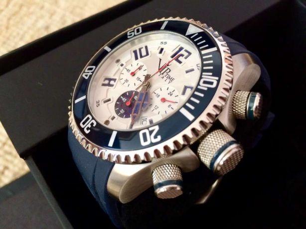 Мужские наручные часы от V.I.P Time Italy (Вип Тайм Итали)