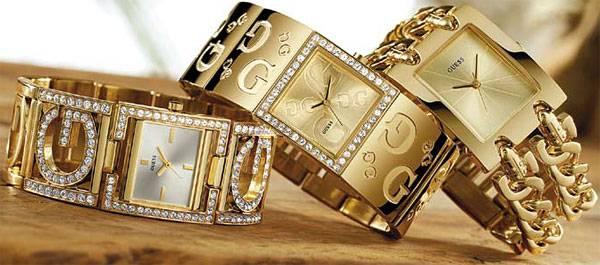 Золотистые часы GUESS